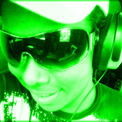 AlexGonçalves's avatar