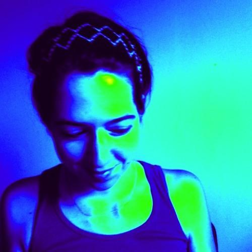 heidi hazelton's avatar