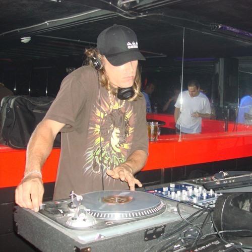 DJ DON-E's avatar