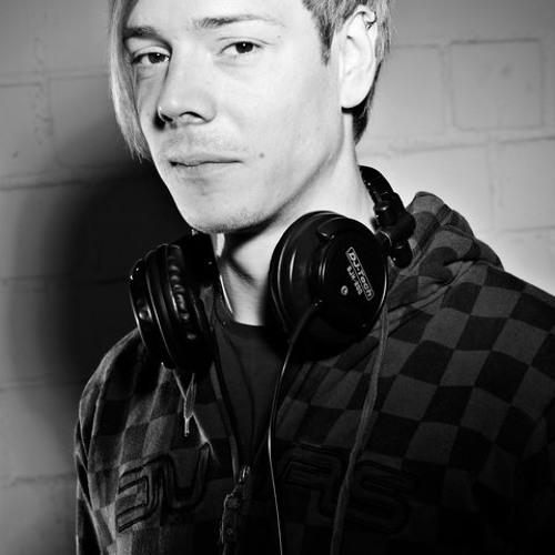 Danjel Litzki's avatar