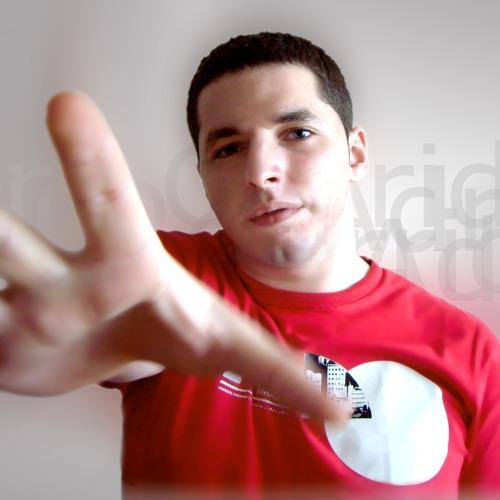Adry Garrido's avatar