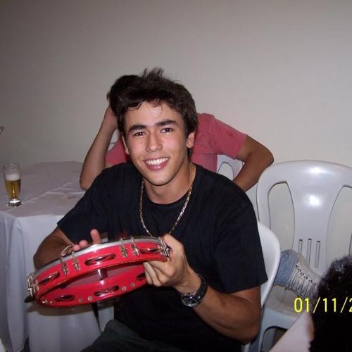 Adriano Mendes's avatar
