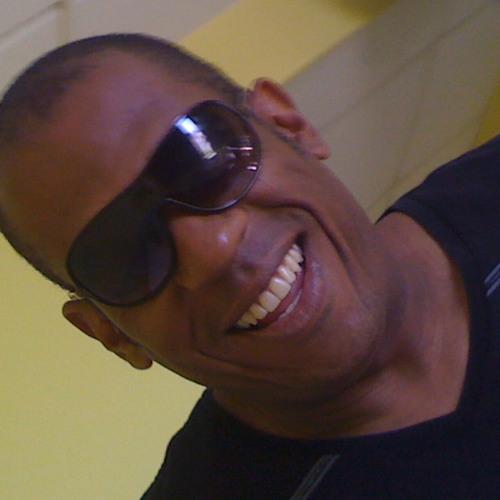 LUISOFO's avatar