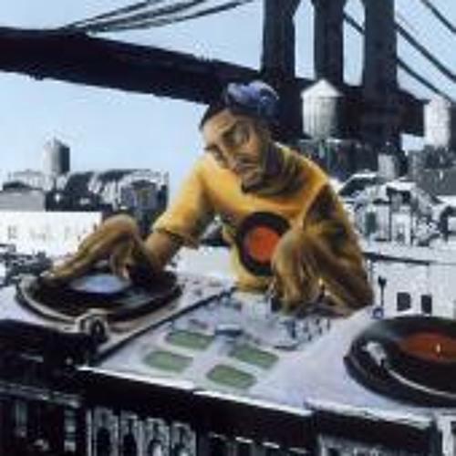DJ HotDogWater ^_^'s avatar