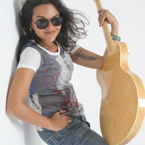 Sylvia Patricia's avatar