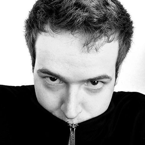 Noro Hadzi's avatar