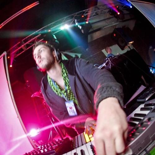 DJ n8chur's avatar