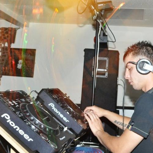 CASSIUS DJ's avatar