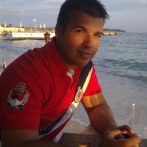 alex calin's avatar
