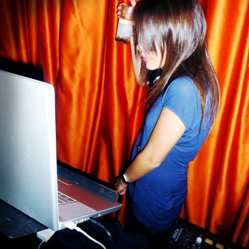 DJ IREAST's avatar