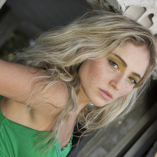 Colourfulsavannah's avatar