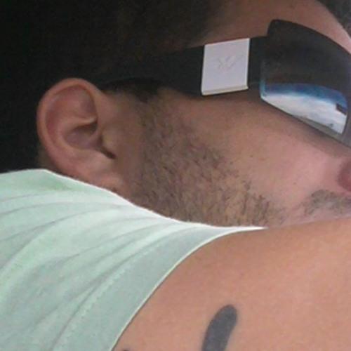 rafaelmesquita's avatar