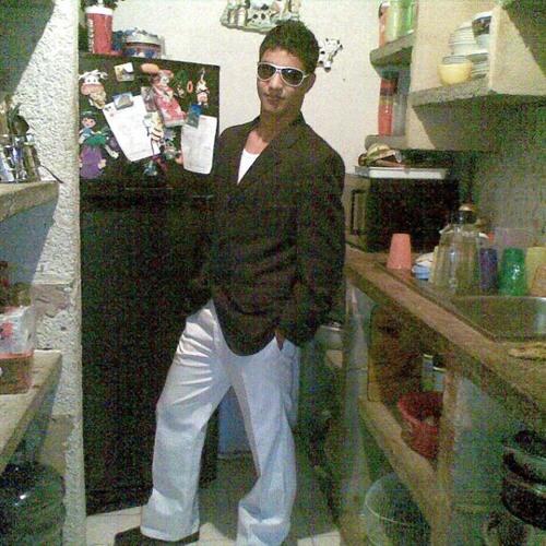deejay kento's avatar