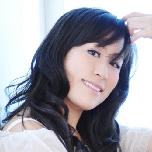 DJia's avatar