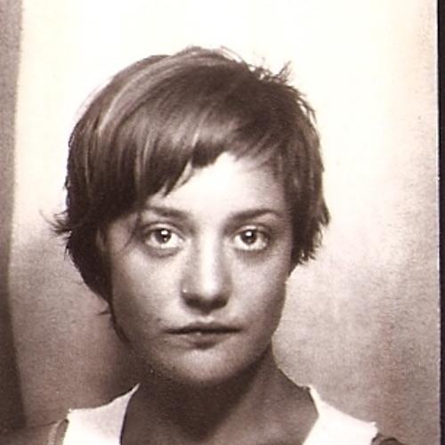 Nina Violet's avatar