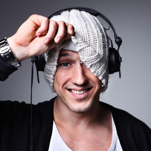 Dan Kelly's avatar