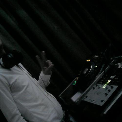 DJ-AMiiX's avatar