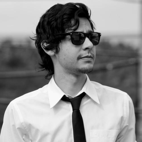 Manuel Fuentes [PAREMIA]'s avatar