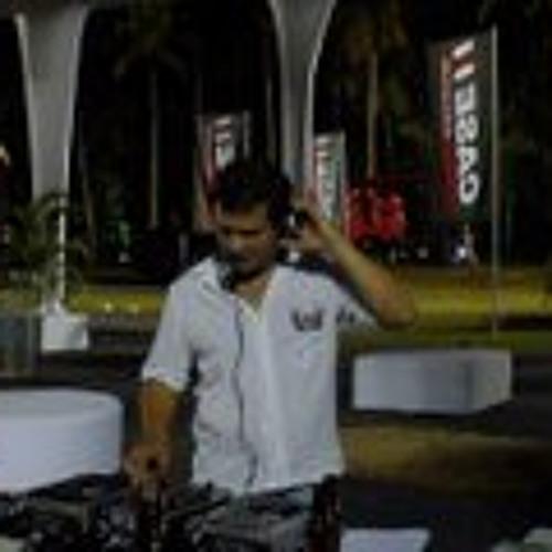 Rafael Alencar's avatar