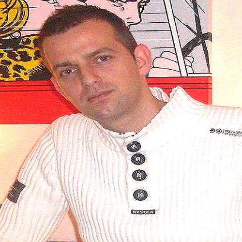 DJRickyWorden's avatar