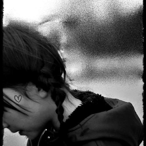 leonarda *________*'s avatar