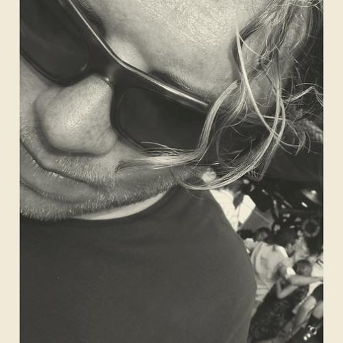 carlofeld@gmail.com's avatar