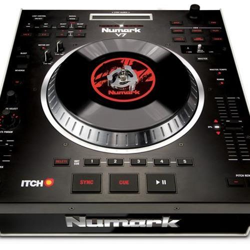 DJ Clydon's avatar