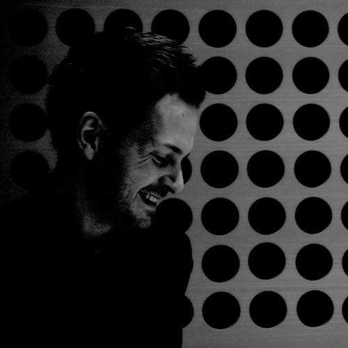 Hugh Pascall's avatar