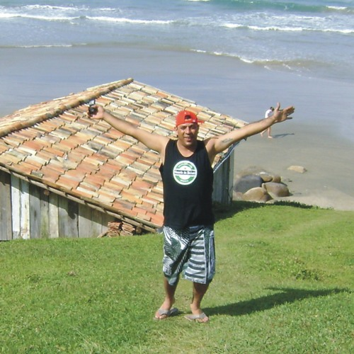 Alezaum Paraná's avatar