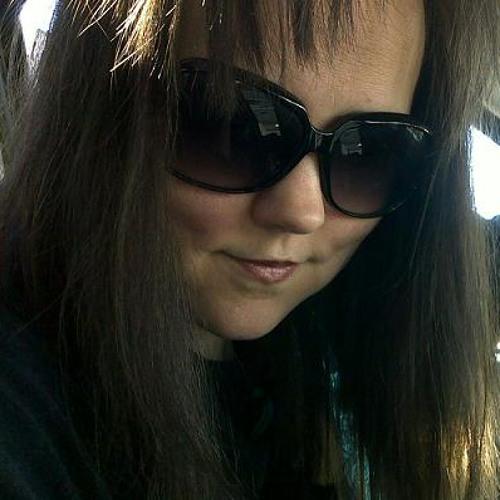 Cherrie Lynn's avatar