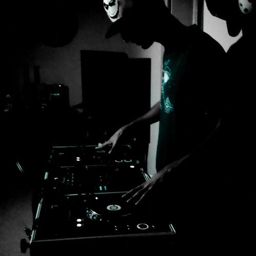 2pac mash-up Fight Music Remix (FuturisticMinds.com)
