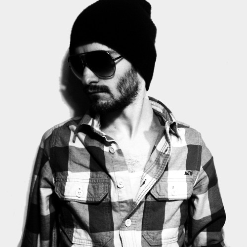 MAcro ARTs's avatar
