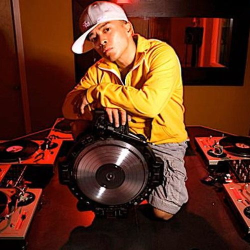 DJ Qbert Test Runs the new TRIP MATS03