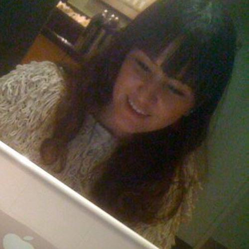 Laura Tomoyo Yokozawa's avatar
