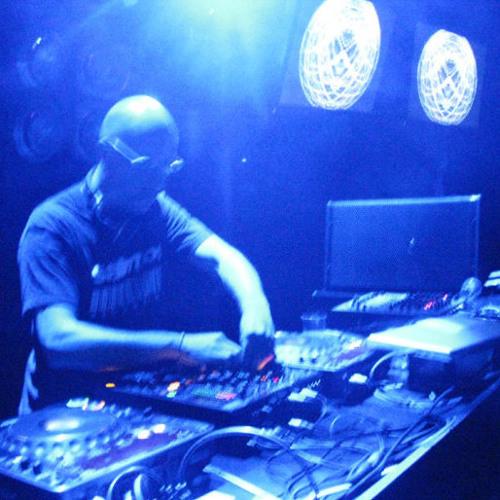 Mariano Santos live's avatar