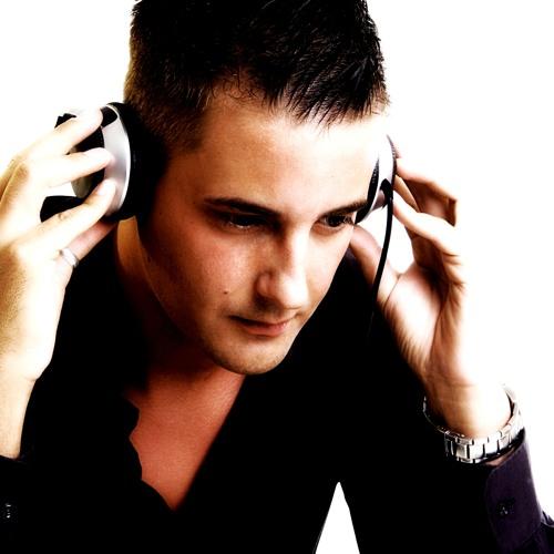 DJ BÖRNAH aka B Slave's avatar