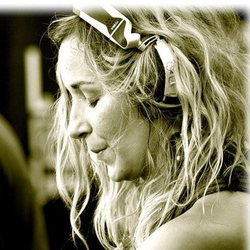 Djane Gaby's avatar
