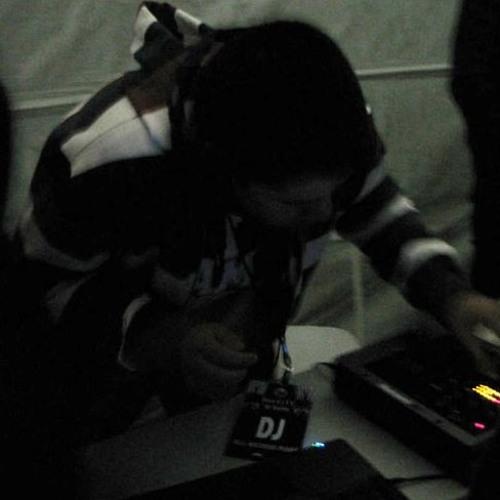 DJ_ARTI3's avatar