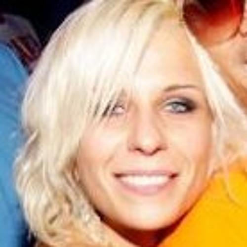 Agnes Klos's avatar