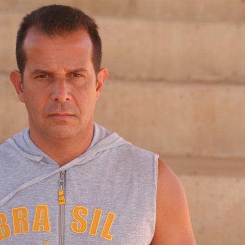 Raul Vax's avatar