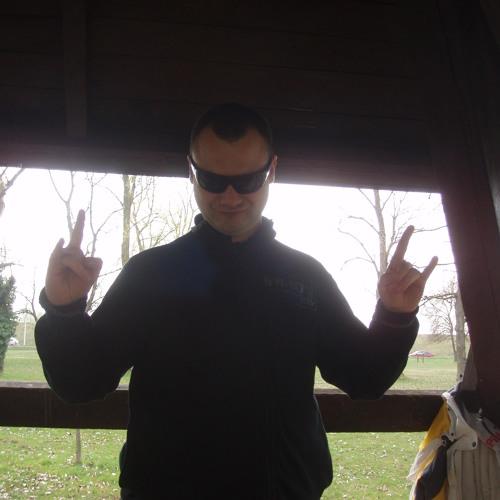 davorstarcevic9's avatar