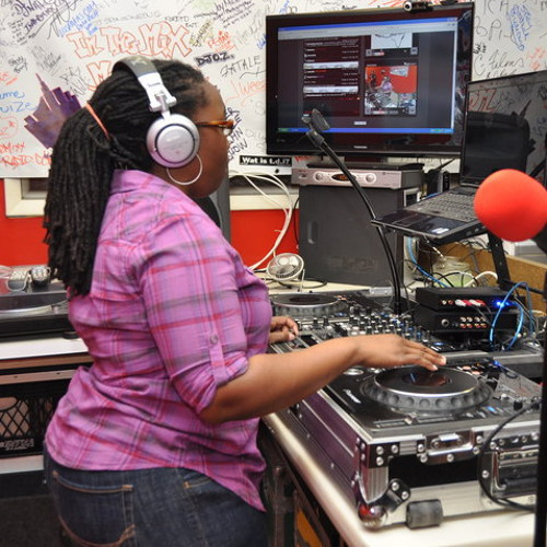 DJ Lady Essence's avatar