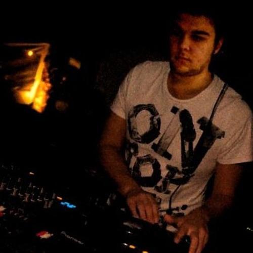 DJ Tives's avatar