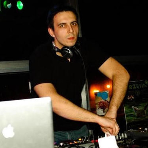 Rafael Polinski's avatar