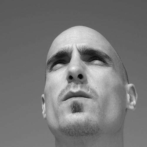 Chris Cora's avatar