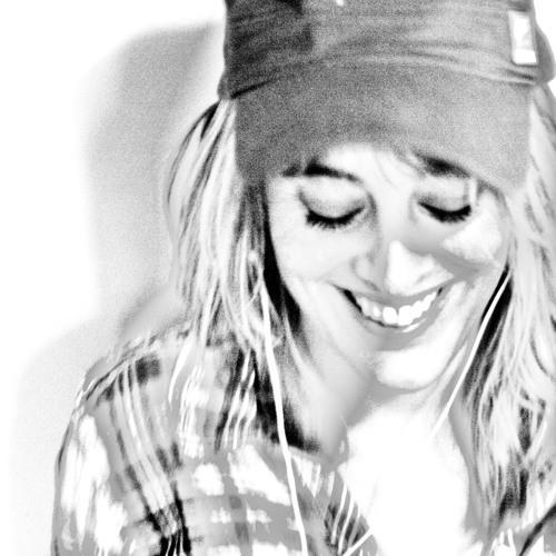 Nuria JM's avatar