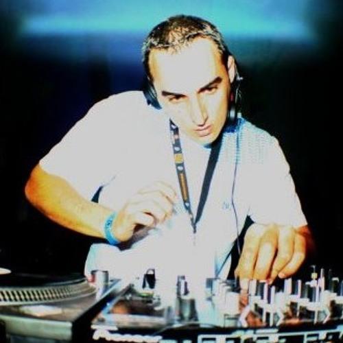 Damian Raveart's avatar