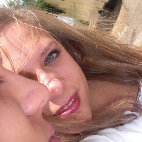 Just_Maria_9o's avatar