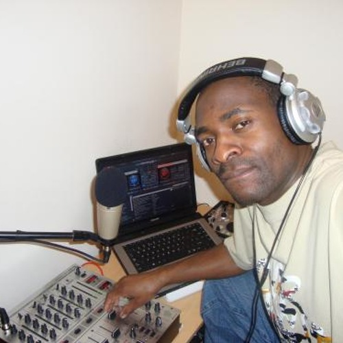 DJ LEXY's avatar