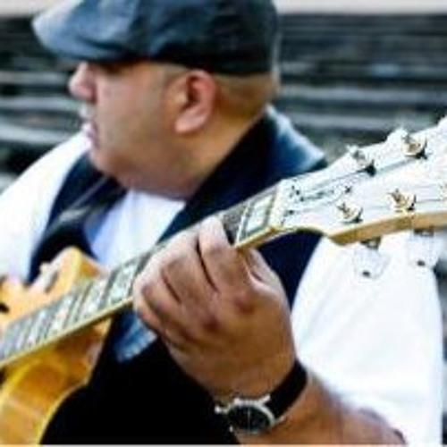 Richard Lopez's avatar